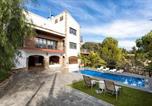 Location vacances Vilassar de Mar - Villa in Cabrils-1