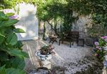 Location vacances Buzet-sur-Baïse - Awesome home in Espiens with Outdoor swimming pool, Wifi and 1 Bedrooms-3