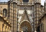 Location vacances  Séville - Sevilla centro Catedral Bohemian & Suites Sky Line Icide- Moeckel Parking-4
