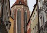 Location vacances Landshut - Boardinghouse St. Martin - Wohnen auf Zeit-1
