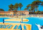 Camping avec Piscine couverte / chauffée Grignan - Résidence-Club Domaine le Mas des Vignes-1