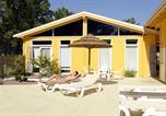 Camping avec Piscine couverte / chauffée Naujac-sur-Mer - Euronat village naturiste-2
