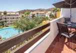 Location vacances  Malaga - Beautiful apartment in Laguna de Mijas w/ Outdoor swimming pool, Outdoor swimming pool and 2 Bedrooms-2