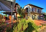 Location vacances Certaldo - Santa Maria a Sciano Villa Sleeps 8 Pool Wifi-3