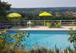 Location vacances Les Eyzies-de-Tayac-Sireuil - Le Clos Des Etoiles-2