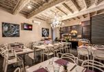 Location vacances  Ville métropolitaine de Rome - Trevi B&B Roma-4