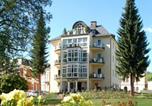Location vacances Bad Elster - Ferienwohnungen Rosengarten-1