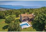 Location vacances Labin - Holiday home Gondolici Croatia-1