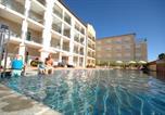 Location vacances Saint-Georges-d'Orques - Residence De Tourisme Cote Green-1