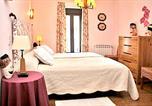 Location vacances Fuenterrebollo - House with 5 bedrooms in Aldehuela with enclosed garden and Wifi-2