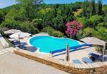 Location vacances Souillac - Domaine des Pierres Blanches - Gite La Salamandre-1