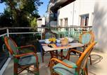 Location vacances  Alpes-Maritimes - Odalys City Antibes Olympe-1