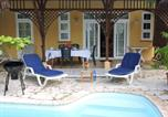 Location vacances Mahebourg - Villa with 4 bedrooms in Blue Bay with private pool enclosed garden and Wifi 550 m from the beach-2