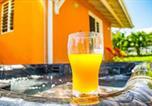 Location vacances Sainte Luce - Bungalow Petit Paradis-1