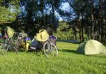 Camping en Bord de rivière Jura - Camping de l'Ile-1
