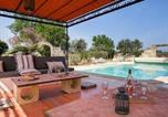Location vacances  Gard - Holiday Home Mas Mont Plaisir-1