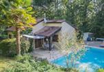 Location vacances Floressas - Cosy Holiday Home in Saint-Martin-le-Redon with Garden-1