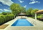 Location vacances  Pazin - Villa Semy-1