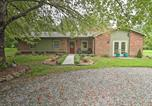 Location vacances Hendersonville - Quiet Home with Fire Pit and Bbq, 5 Mi to Downtown-3