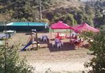 Camping avec Piscine Méolans-Revel - Camping Humawaka-1