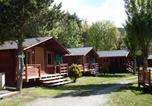 Camping avec Piscine couverte / chauffée Axat - Les Jardins D'Estavar-3