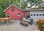 Location vacances St Louis - Quiet St Charles Cottage with Patio and 4 Acres-2