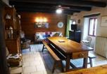 Location vacances Vieille-Brioude - Gîte Lavaudieu, 4 pièces, 6 personnes - Fr-1-582-268-2