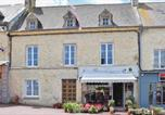Location vacances Angoville-au-Plain - Three-Bedroom Holiday Home in Sainte-Mere-Eglise-1