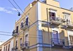 Location vacances  Province de Barletta-Andria-Trani - Bed & Breakfast Federico Ii-2