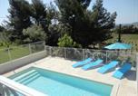 Location vacances Caderousse - Villa au coeur des oliviers-1