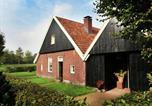 Location vacances Enschede - Cozy Apartment in Enschede near Forest-1