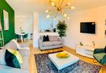 Location vacances Salford - Opulent Luxe Apartments Manchester-1