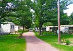 Camping avec Piscine Cublize - Camping de l'Aix-1