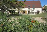 Location vacances Vernusse - Gîte - Sur le Chemin Des Buvats-2