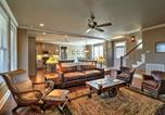 Location vacances Macon - Spacious Home with 2 decks in Reynolds Lake Oconee!-2