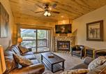 Location vacances Grand Lake - Cozy Condo with Mtn Views and Deck - Walk to Grand Lake!-1