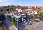 Location vacances Pakoštane - Apartments Ante-1