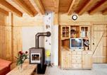 Location vacances Stumm - Holiday Home Alpendorf.1-4