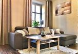 Location vacances Jelenia Góra - Apartament Blue Crystal-1