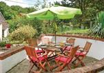 Location vacances Mailly-Maillet - Three-Bedroom Holiday Home in Gouy en Ternois-2