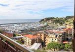 Location vacances  Province de Savone - Appartamento con vista mare eccezionale-4