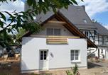 Location vacances Langenfeld - Gästehaus Gut Bechhausen-1