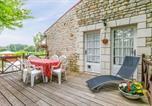 Location vacances Saintes - Annepont Villa Sleeps 20 Pool Wifi-2