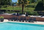Camping avec Ambiance club Indre - Camping L'oasis du Berry-1
