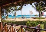 Location vacances Santa Maria - Ajp Holidays - Porto Antigo 2 Beachfront Apartment-2