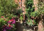 Location vacances Oakham - Garden Hotel-1