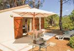 Location vacances Appietto - Three-Bedroom Holiday Home in Calcatoggio-1