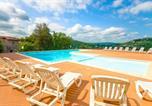 Villages vacances Espalion - Lagrange Vacances Le Domaine des Cazelles-2