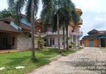 Hôtel Palembang - Oyo 3205 Penginapan Mikial Ismi Kayuagung-3
