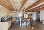 Location vacances Albuquerque - New Listing! Spacious Stunner w/ Hot Tub & Firepit home-3
